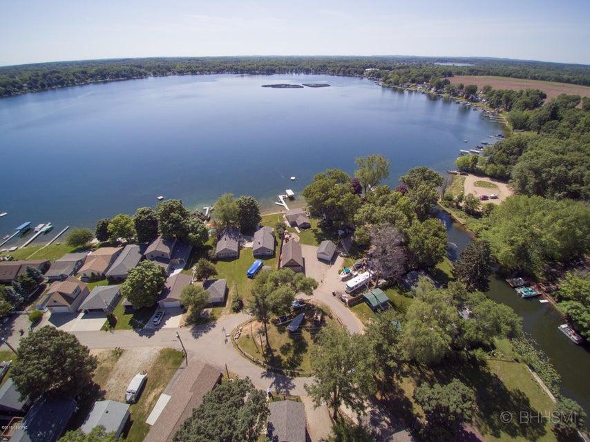92860 Gravel Lake , Lawton, MI 49065 Photo 3