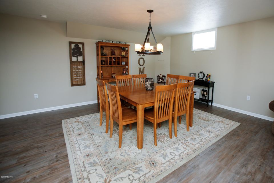 24123 Findley , Sturgis, MI 49091 Photo 23