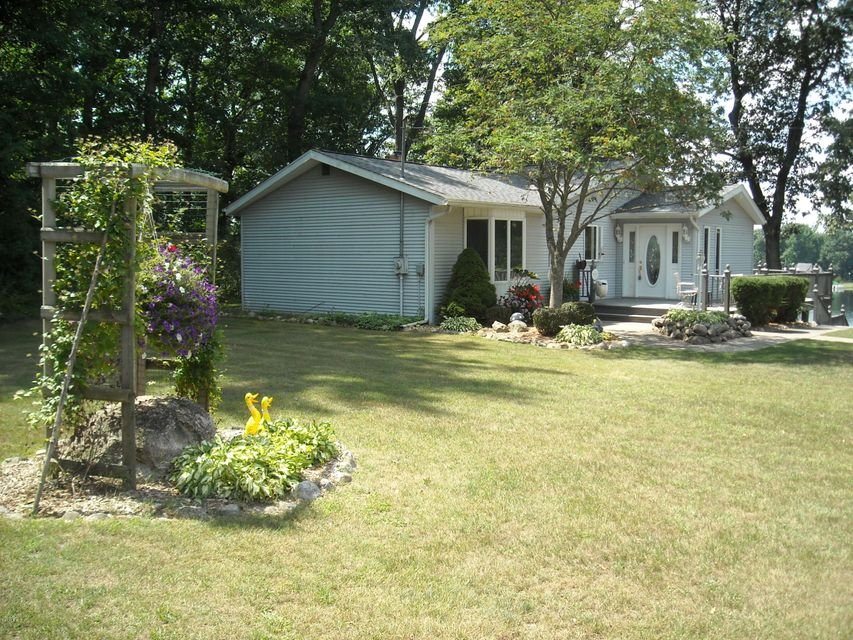 363 Lilac , Dowling, MI 49050 Photo 3