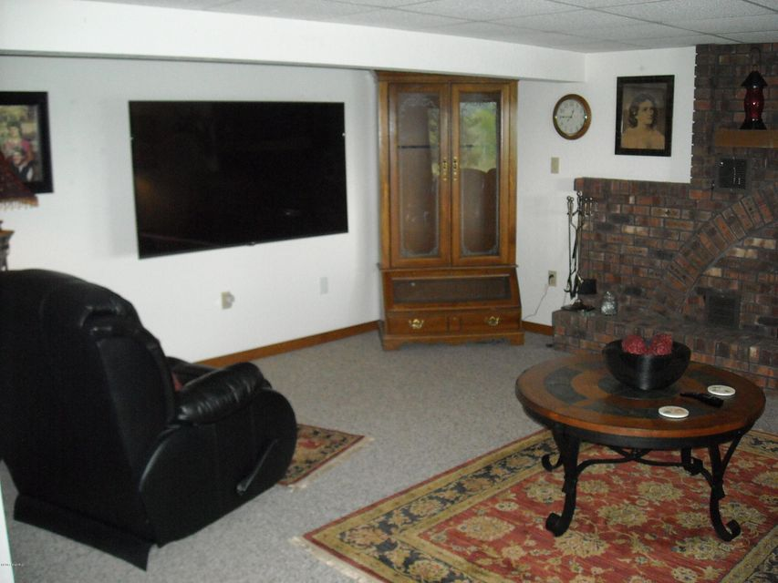 363 Lilac , Dowling, MI 49050 Photo 38