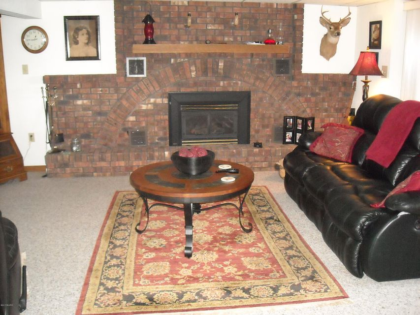363 Lilac , Dowling, MI 49050 Photo 39
