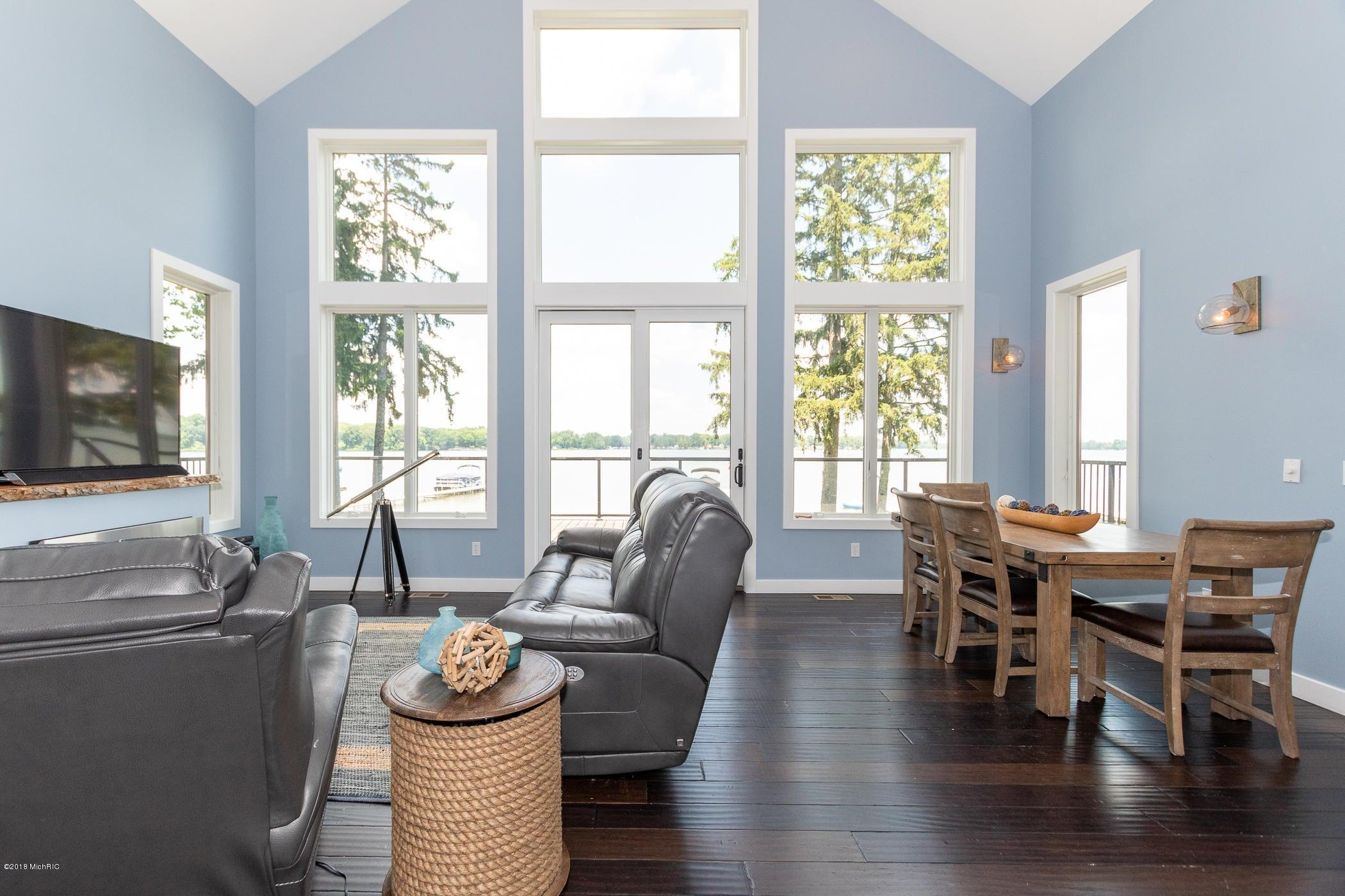 4821 S Long Lake , Portage, MI 49002 Photo 13