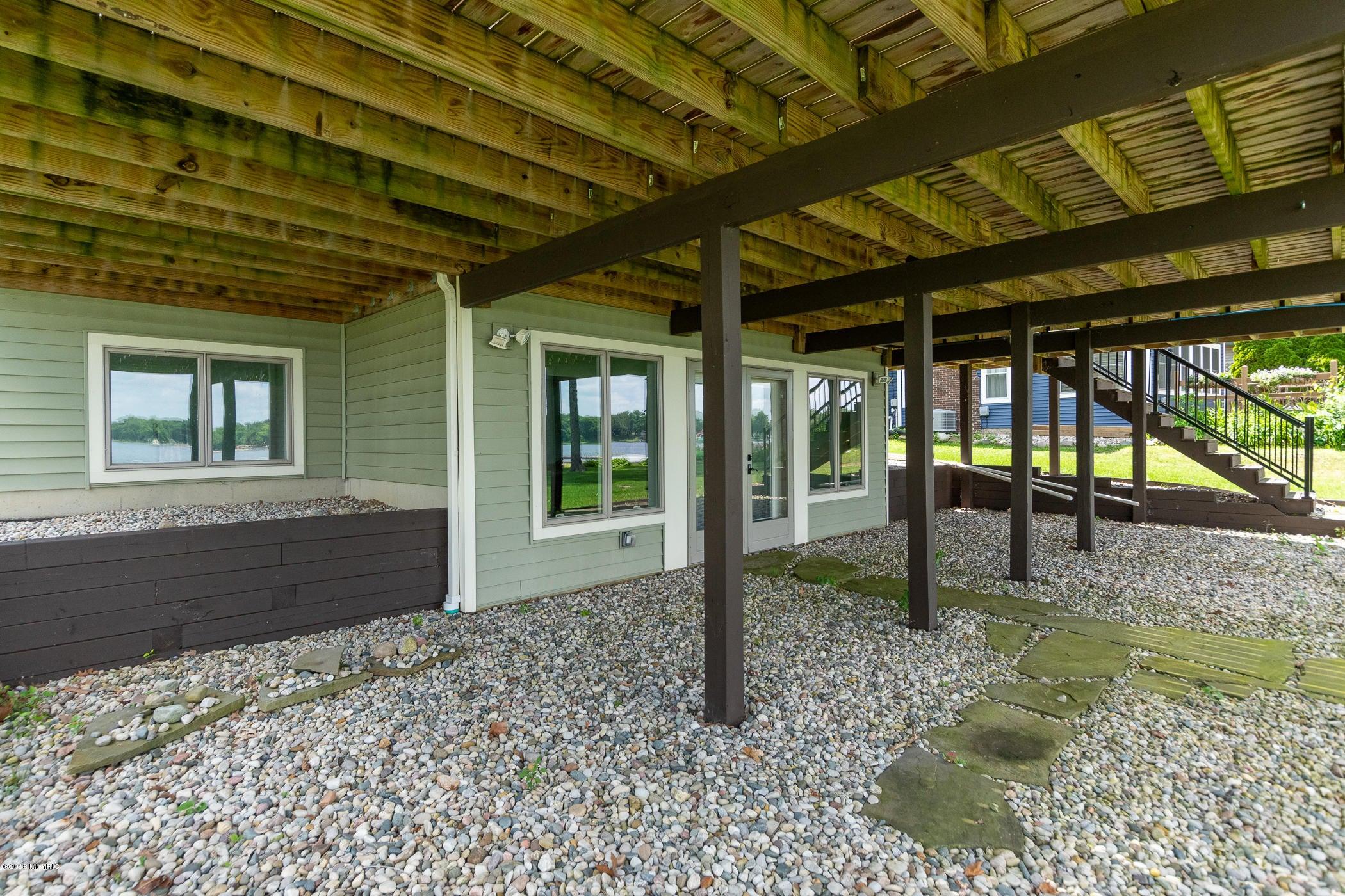 4821 S Long Lake , Portage, MI 49002 Photo 43