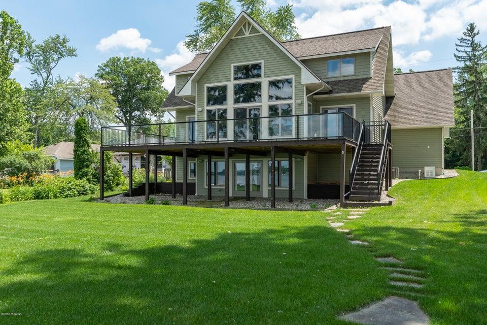 4821 S Long Lake , Portage, MI 49002 Photo 1