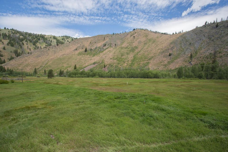 Additional photo for property listing at 762 W Warm Springs Rd 762 W Warm Springs Rd Ketchum, Idaho,83340 United States