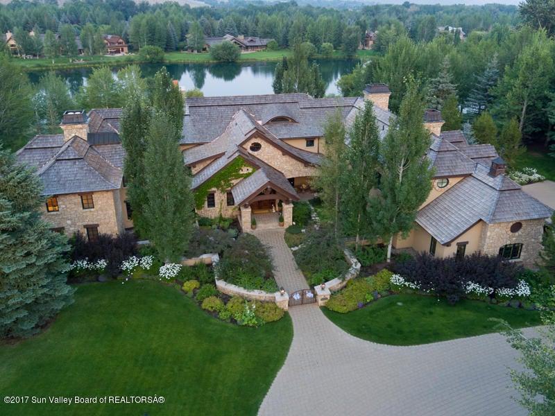 Частный дом для того Продажа на 110 Eagle Lake Drive 110 Eagle Lake Drive Hailey, Айдахо,83333 Соединенные Штаты