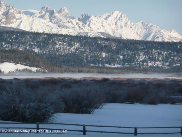 Additional photo for property listing at 4300 Valley Rd 4300 Valley Rd Sawtooth City, Idaho,83340 États-Unis
