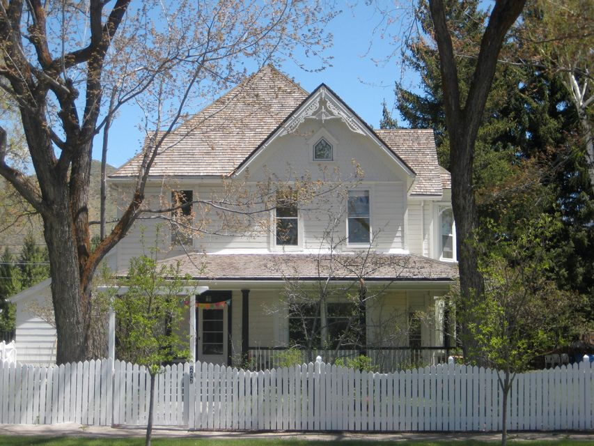 Additional photo for property listing at 202 S 4th Ave 202 S 4th Ave Hailey, Idaho,83333 United States