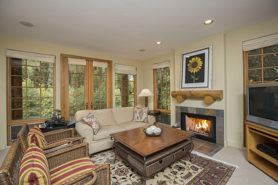 Additional photo for property listing at 89 Gimlet Rd 89 Gimlet Rd Ketchum, Idaho,83340 Estados Unidos