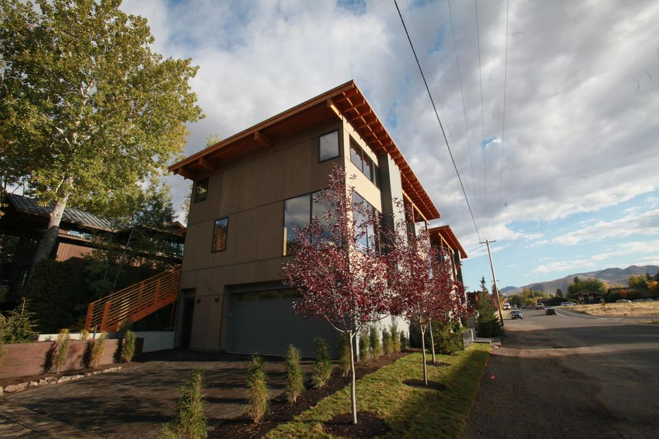 Additional photo for property listing at 331 W 6th St 331 W 6th St Ketchum, アイダホ,83340 アメリカ合衆国