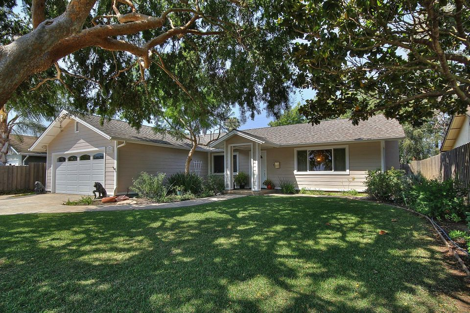 Property photo for 4746 Amarosa St Santa Barbara, California 93110 - 13-2958