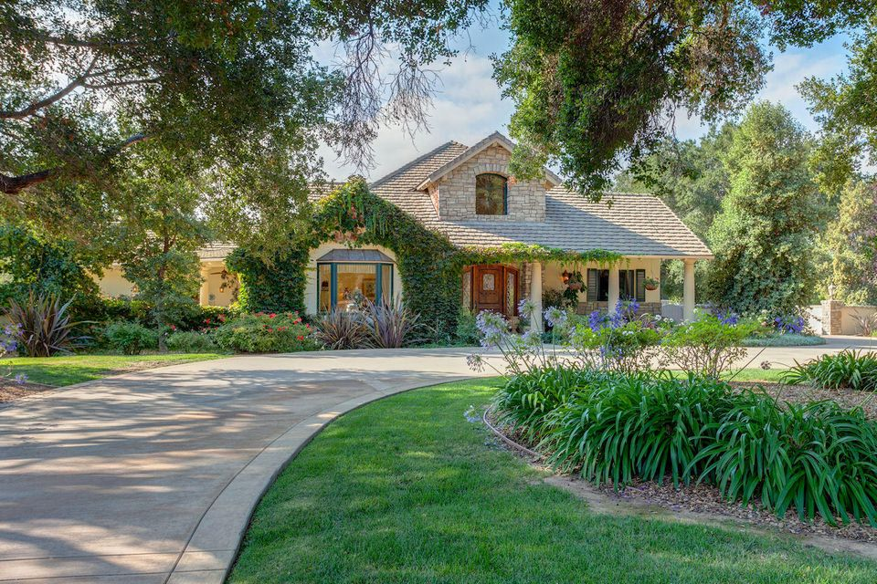 Property photo for 690 Oak Grove Ct Ojai, California 93023 - 14-2679