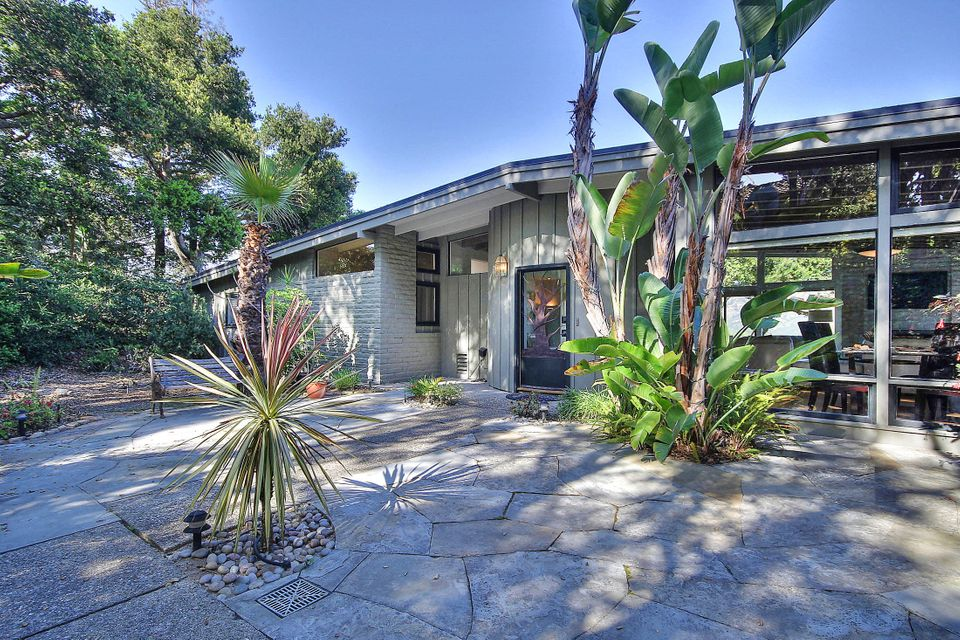Property photo for 1550 Hillcrest Rd Santa Barbara, California 93103 - 15-945