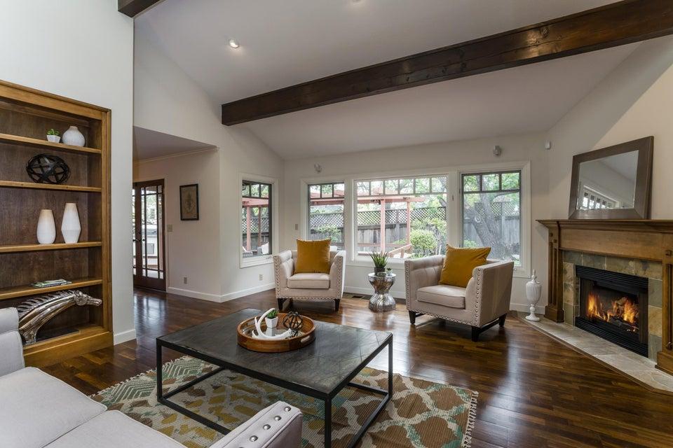 Property photo for 408 Los Robles Ln Santa Barbara, California 93105 - 15-1296