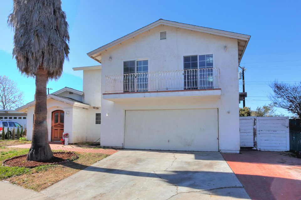 Property photo for 1471 Andrea St Carpinteria, California 93013 - 16-31