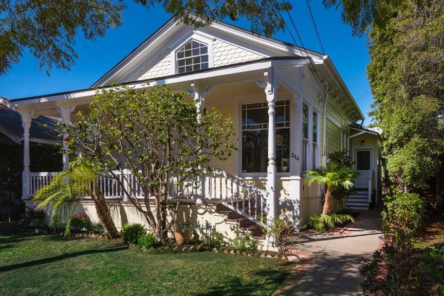 Property photo for 314 W Victoria St Santa Barbara, California 93101 - 16-419