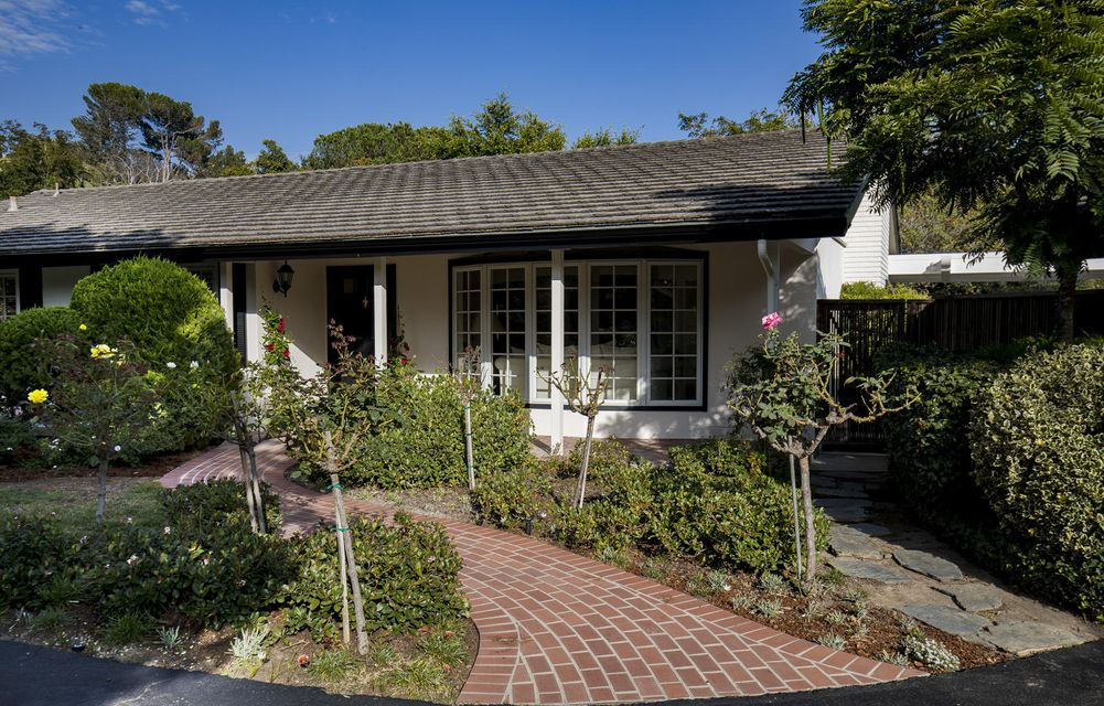 Property photo for 820 Woodland Dr Santa Barbara, California 93108 - 16-3234