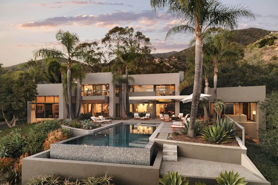 Single Family Home for Sale at 926 Buena Vista Dr Montecito, California,93108 United States