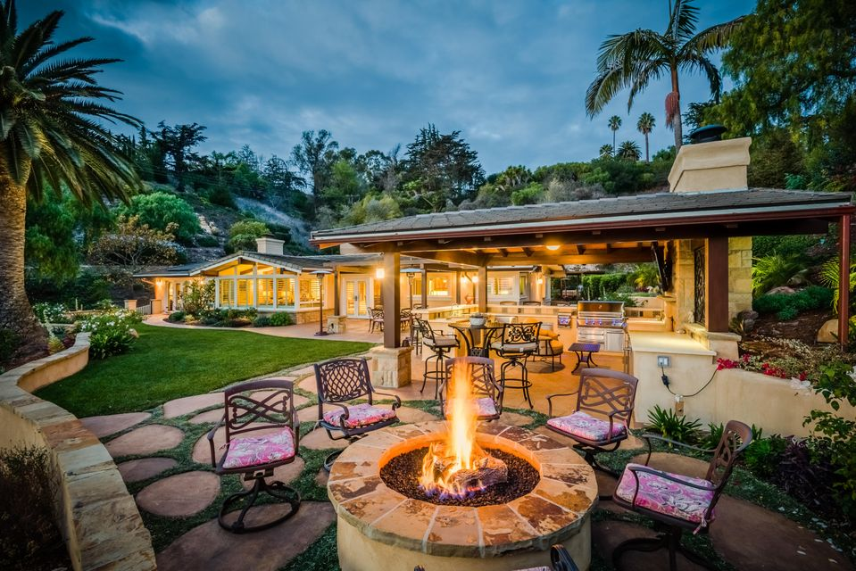 647 Sea Ranch Dr, SANTA BARBARA, CA 93109