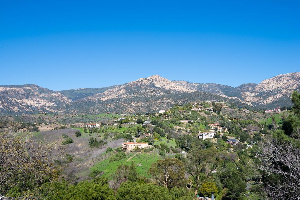 Property photo for 2846 Ben Lomond Dr Santa Barbara, California 93105 - 17-259