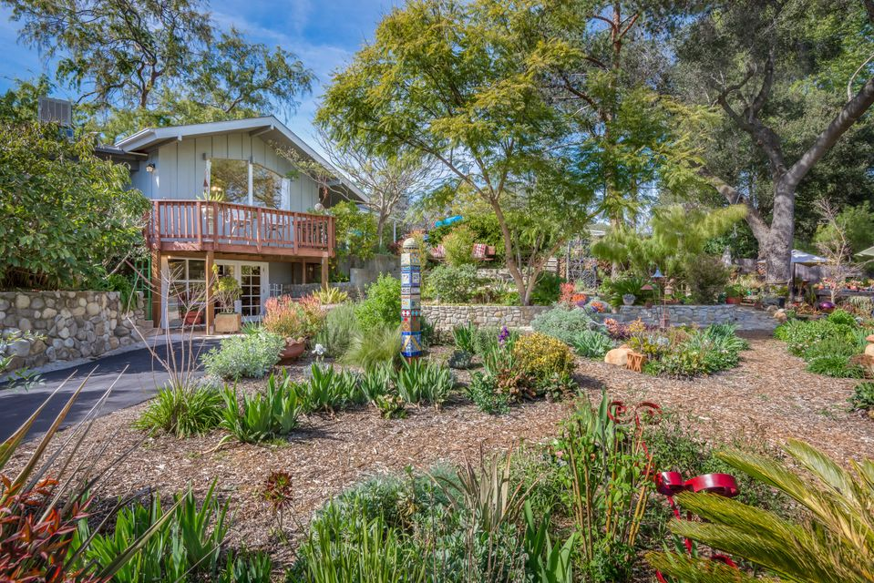 Property photo for 2068 Los Encinos Rd Ojai, California 93023 - 17-768