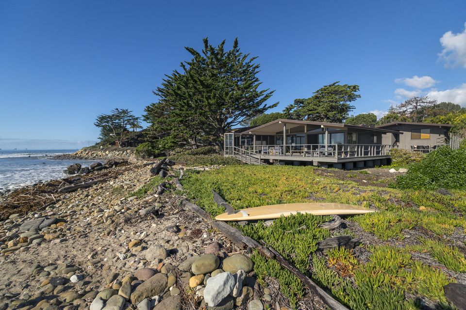 Property photo for 8120 Puesta Del Sol Carpinteria, California 93013 - 17-896