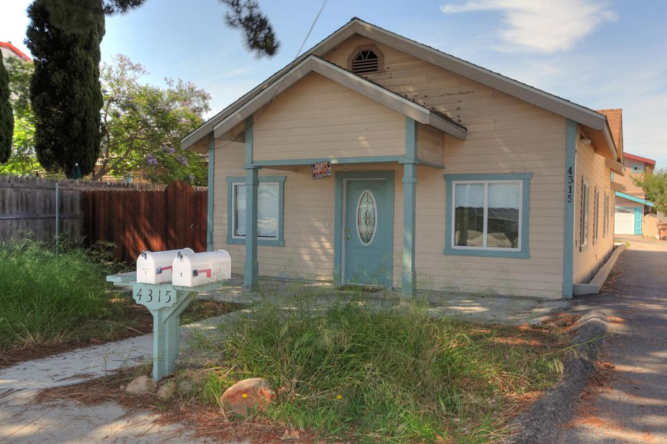 4311 Carpinteria Ave, CARPINTERIA, CA 93013