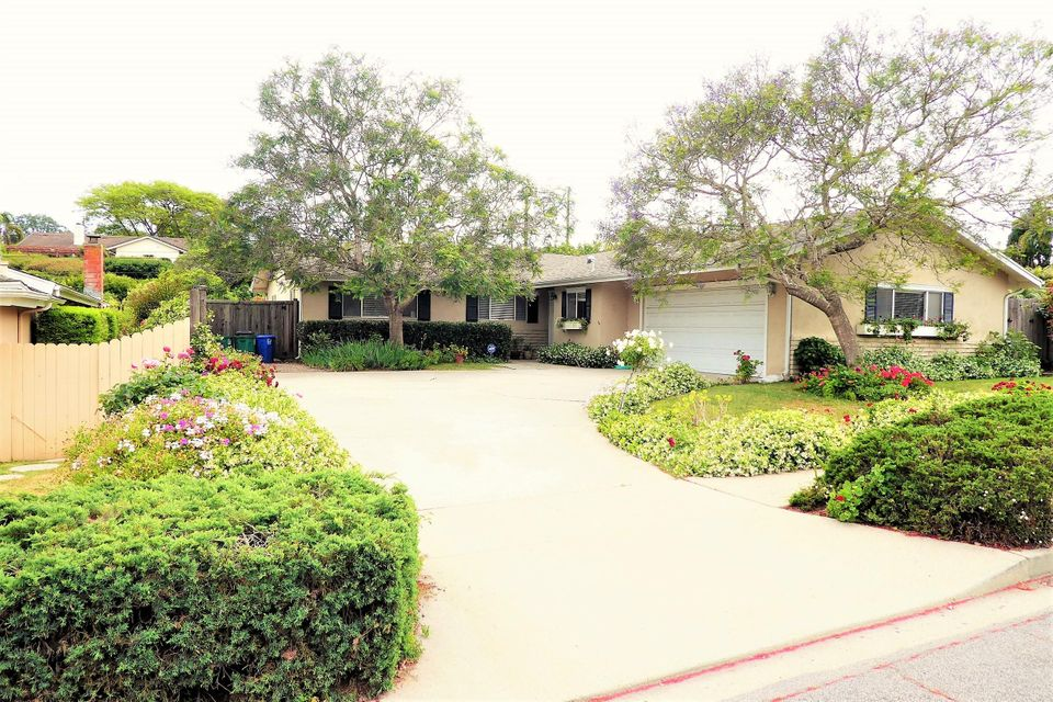 Property photo for 1225 Portesuello Ave Santa Barbara, California 93105 - 17-1382