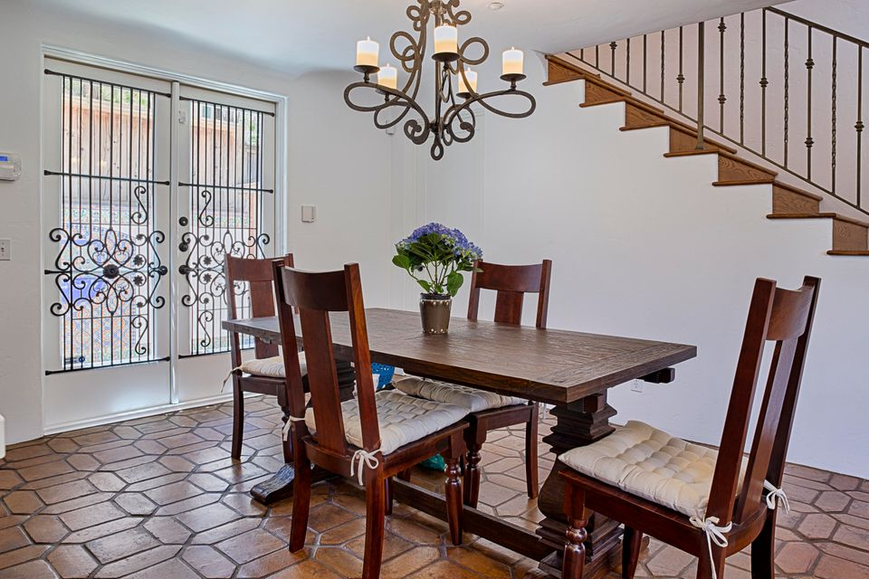 Additional photo for property listing at 821 Laguna St #B 821 Laguna St #B Santa Barbara, Kaliforniya,93101 Amerika Birleşik Devletleri