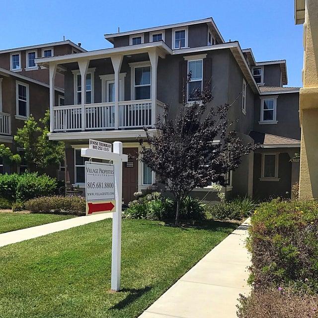 Property photo for 3149 Lisbon Ln Oxnard, California 93036 - 17-2156