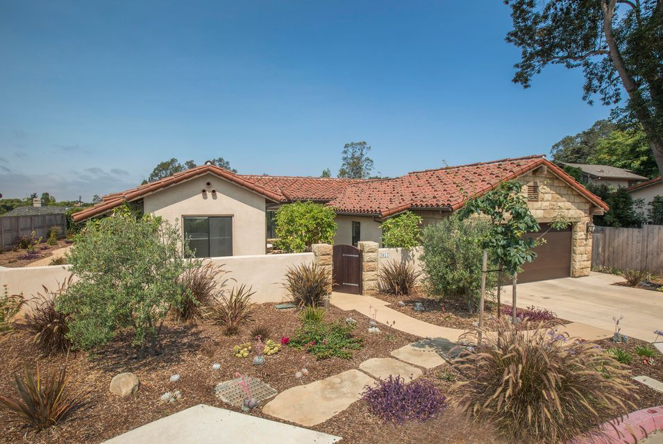 Property photo for 3817 White Rose Ln Santa Barbara, California 93110 - 17-2413