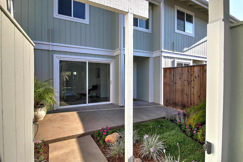 Property photo for 391 Cannon Green Dr #F Goleta, California 93117 - 17-2870