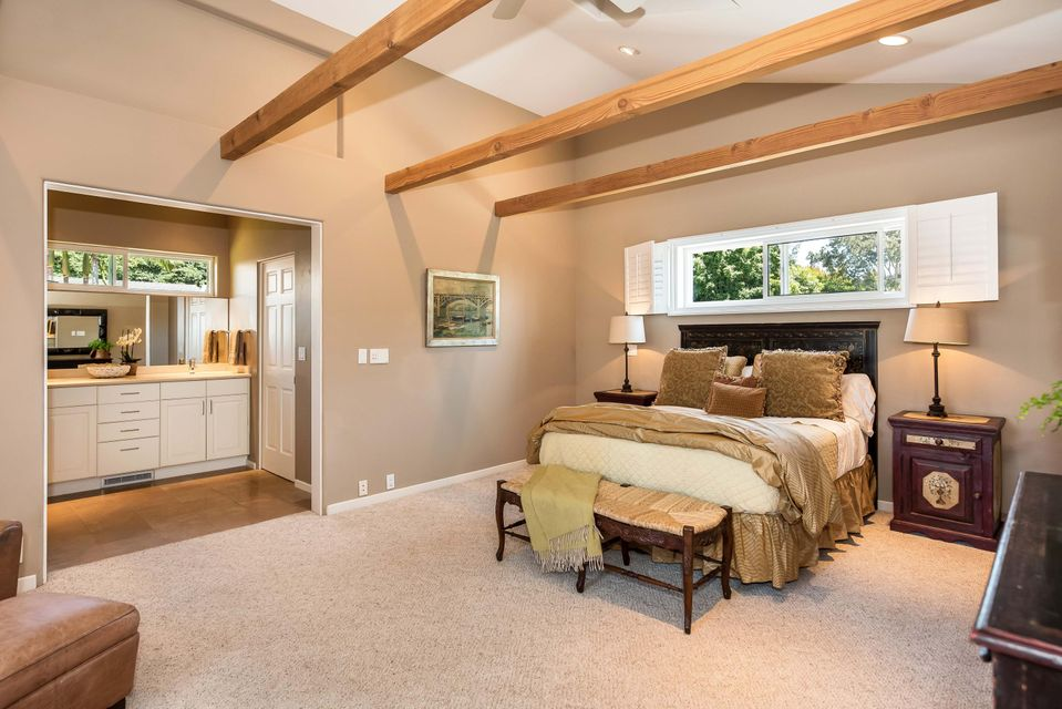 Additional photo for property listing at 236 Toro Canyon Rd 236 Toro Canyon Rd Carpinteria, カリフォルニア,93013 アメリカ合衆国