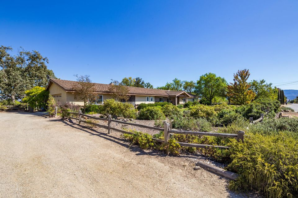 Property photo for 1400 Calzada Ave Santa Ynez, California 93460 - 17-3336