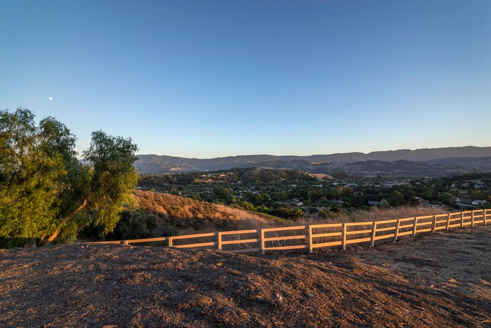 Additional photo for property listing at 980 Ladan Dr 980 Ladan Dr Solvang, カリフォルニア,93463 アメリカ合衆国