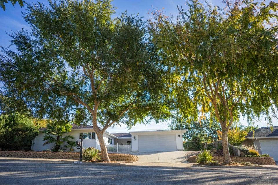 368 El Gaucho Rd - Santa Barbara, California