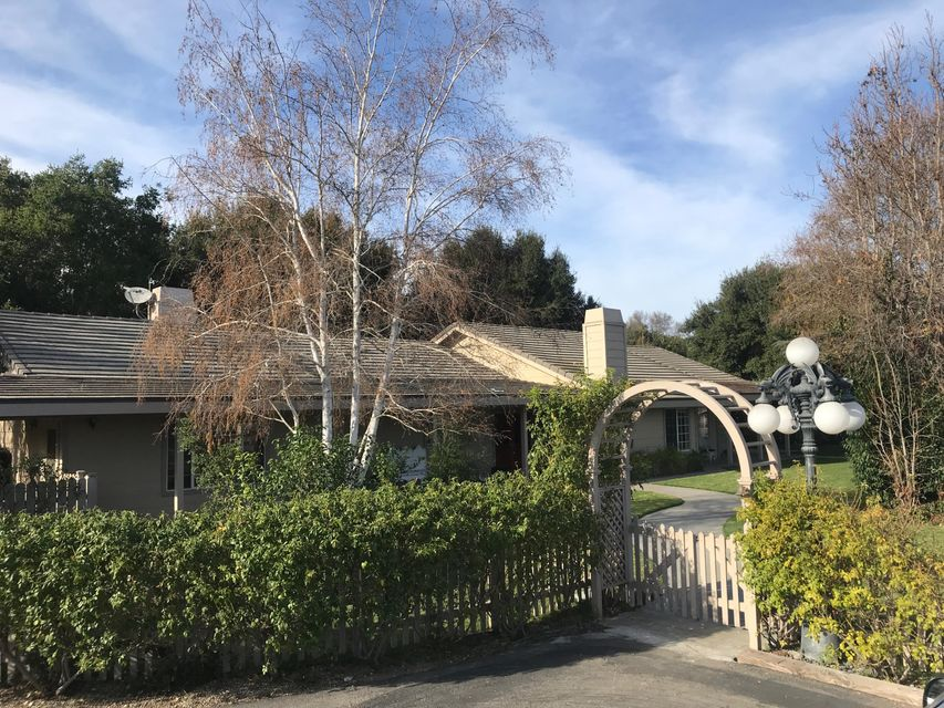 Photo of 2405 Meadow Ranch Rd, SOLVANG, CA 93463