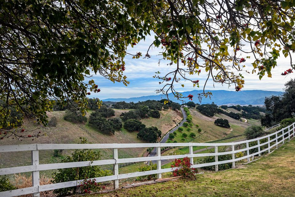 Photo of 3671 Live Oak Rd, SANTA YNEZ, CA 93460