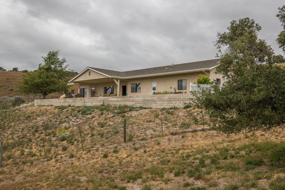 Photo of 625 Bobcat Springs Rd, BUELLTON, CA 93427