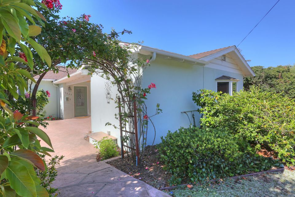 Photo of 3325 Madrona Dr, SANTA BARBARA, CA 93105