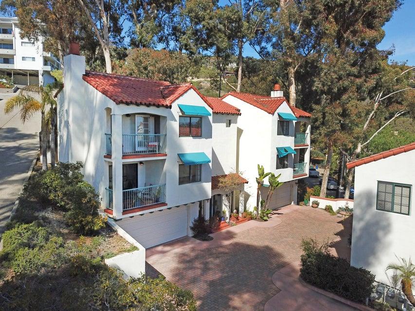 817 E Anapamu St, Santa Barbara, California
