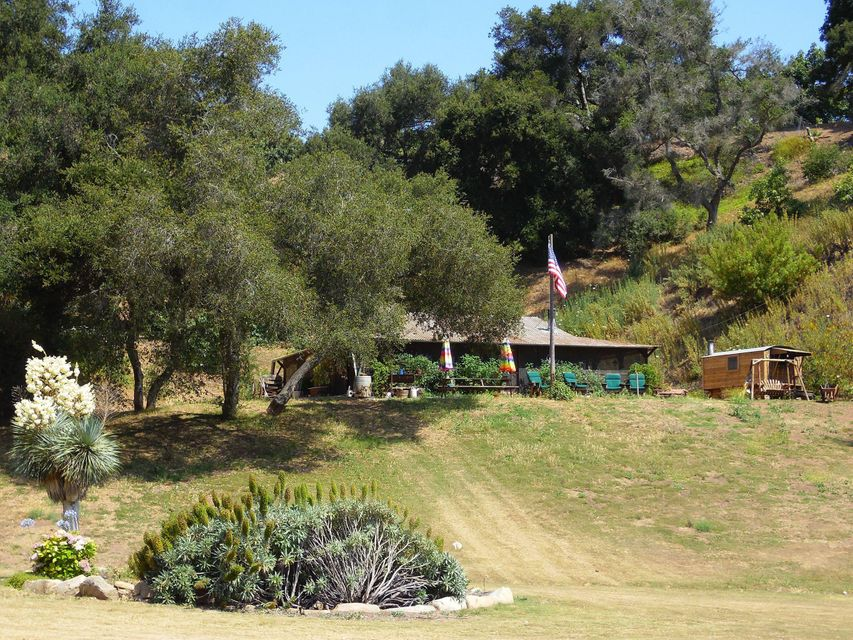 5208 Casitas Pass Rd - CARPINTERIA, California