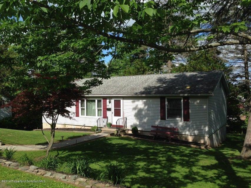 615 RIDGE STREET,Honesdale,Pennsylvania 18431,3 Bedrooms Bedrooms,5 Rooms Rooms,2 BathroomsBathrooms,Residential,RIDGE,14-2247