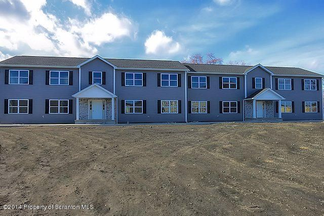 955 Ash Street,Moosic,Pennsylvania 18507,2 Bedrooms Bedrooms,4 Rooms Rooms,1 BathroomBathrooms,Residential lease,Ash,16-3519
