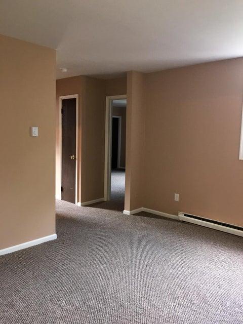 530 LANGANS RD,Pittston,Pennsylvania 18640,2 Bedrooms Bedrooms,4 Rooms Rooms,1 BathroomBathrooms,Residential lease,LANGANS,16-4362