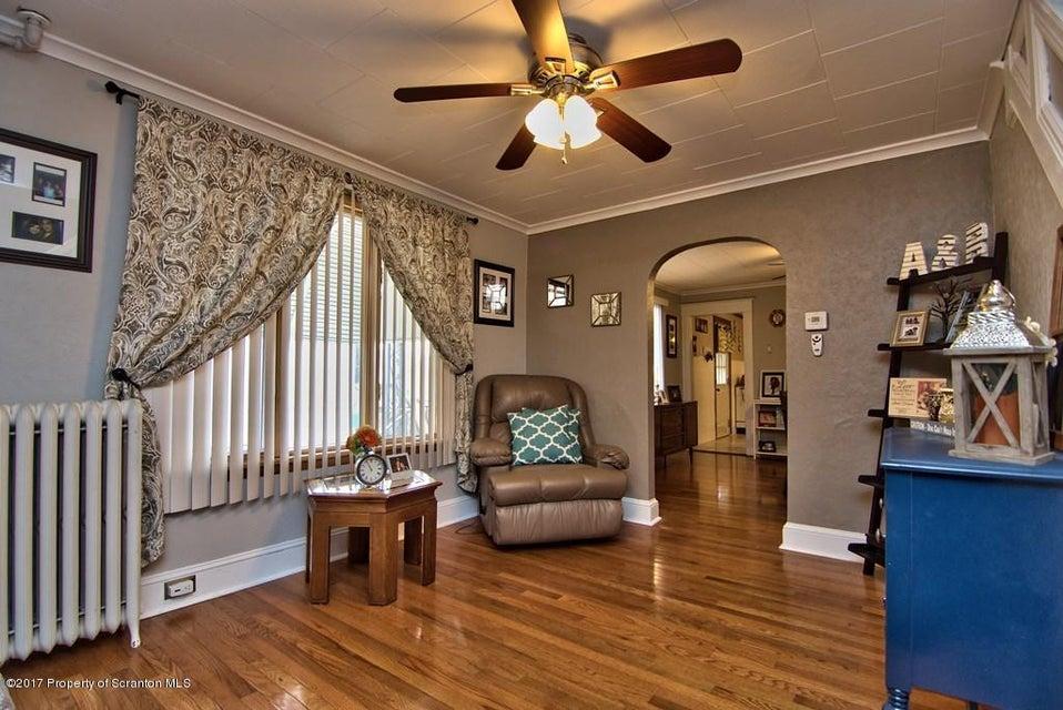 316 Vine Street,Old Forge,Pennsylvania 18518,3 Bedrooms Bedrooms,8 Rooms Rooms,1 BathroomBathrooms,Residential,Vine,17-121
