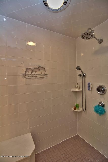 Hall Bath 1 View 3