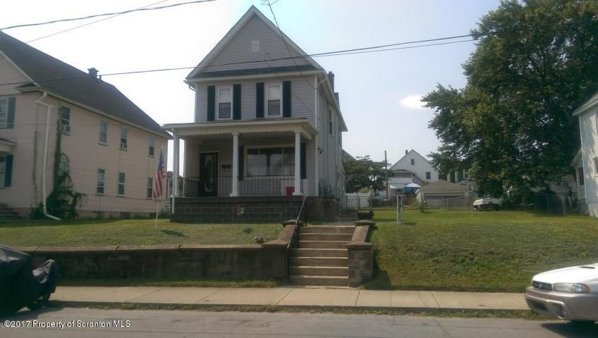 805 Elm St,Scranton,Pennsylvania 18505,3 Bedrooms Bedrooms,6 Rooms Rooms,1 BathroomBathrooms,Residential,Elm,17-372