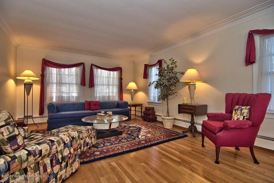 2107 Farr Scranton,Pennsylvania 18504,3 Bedrooms Bedrooms,6 Rooms Rooms,3 BathroomsBathrooms,Residential,Farr,17-654