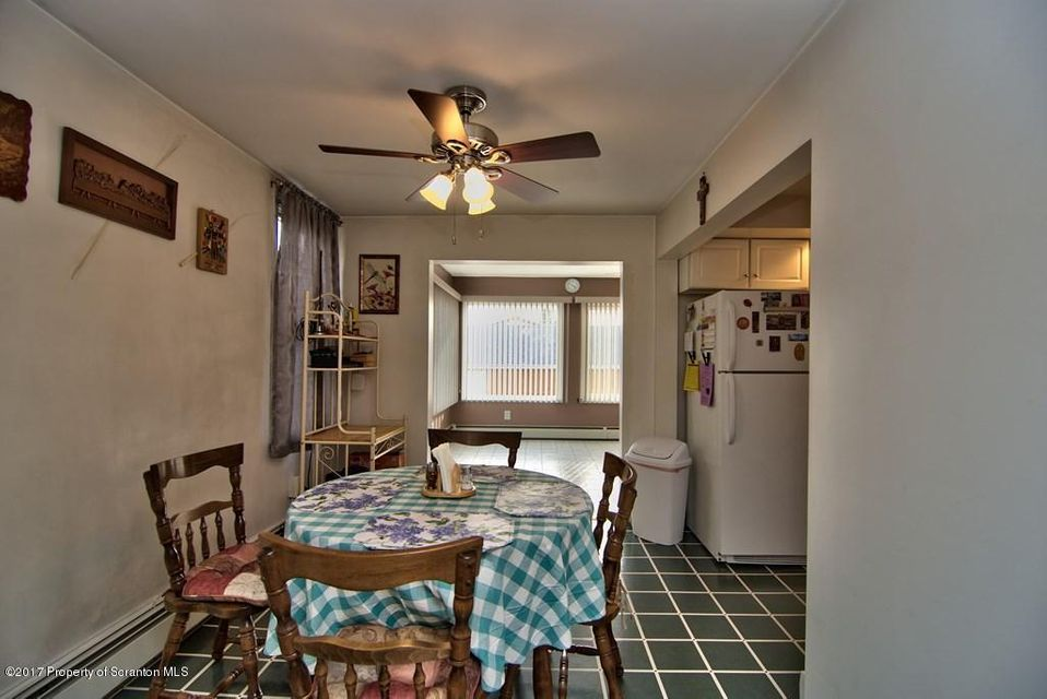 436 Willow St,Scranton,Pennsylvania 18505,2 Bedrooms Bedrooms,6 Rooms Rooms,1 BathroomBathrooms,Residential,Willow,17-912